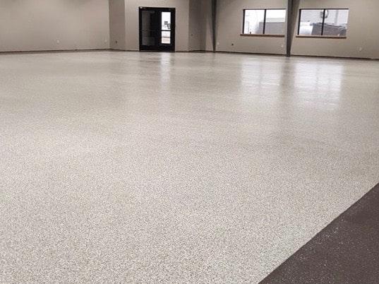 Herman-MN-Recreation-Center-flake-pt4-gray-aus-v-by-Pro-Concrete-Coatings-@proconcretecoatings-3-min